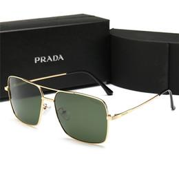 2019 lentes de circulo gafas de sol Estilo del verano 2019 Lente de cristal Gafas de sol Hombres Mujeres Círculo Gafas de sol Diseñador Gafas de gafas cuadradas de alta calidad con estuche P98015 lentes de circulo gafas de sol baratos