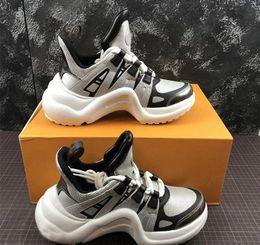 Argentina Marca de moda ACE Archlight Sneaker Mujeres Hombres Zapatos de diseñador ocasionales Moda Negro Blanco Zapatos para amantes de caminar 36-42 Suministro