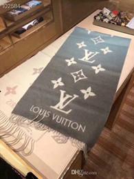 Envoltórios de caxemira para mulheres on-line-Alta Qualtiy Das Mulheres Designer de Cachecol De Luxo Cachecol Grosso Cashmere Cachecóis 2018 Outono Inverno RT258 Wraps Long Wraps Tamanho 180x70 cm