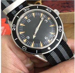 Reloj cronometro mecanico online-Nuevos hombres mecánicos de lujo 300 Master Co-Axial 41mm Relojes automáticos para caballero James Bond 007 Spectre Cronómetro deportivo para hombre Reloj de pulsera