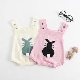 Baby-kaninchen-outfit online-Baby Solide Triangel Strickspielanzug Ärmellos Knopf Kaninchen Druck Wolle Overall Kinder Designer Onesies Mädchen Weiche Außerhalb Outfits 0-3 T