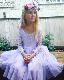 vestido de chá de tule roxo Desconto 2019 Novo Bonito Barato Roxo Flor Meninas Vestidos De Casamento Mangas Compridas Lace Tule Comprimento de Chá Vestidos de Festa de Aniversário