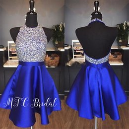 Cristales con purpurina azul real vestidos de fiesta cortos sin espalda halter una línea de satén vestidos de fiesta de bodas 2019 mujeres vendedoras calientes visten desde fabricantes