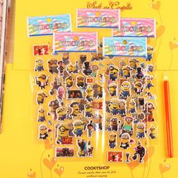 Миньоны фильмы онлайн-Случайный стиль 3d мультфильм Миньоны фильм детские наклейки игрушки пузырь наклейки Учитель прекрасный награда наклейки дети подарок клей