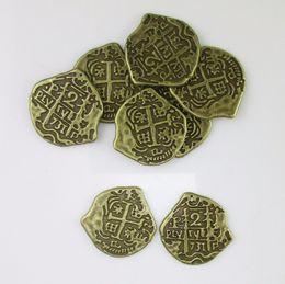 2019 deslizador pulsera de cuentas espaciadoras caja de los juguetes 50pcs de monedas de bronce antiguo antiguo Europea España pirata Doblón de juguete cofre del tesoro para los niños