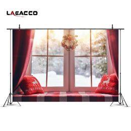 Foto szenischen hintergrund hintergrund online-Laeacco-Weihnachtskranz-Dekor-Erker-Fenster-Schnee-szenische Fotografie-Hintergrund-kundenspezifische fotografische Hintergründe für Fotostudio