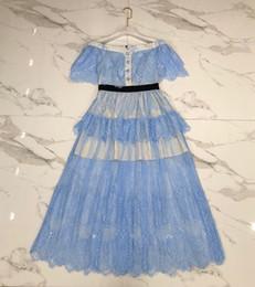 Milan Runway Dress 2019 Bleu Clair Col Rasé À Manches Courtes En Dentelle Designer Designer Robe Marque Même Style Robe 022019 ? partir de fabricateur