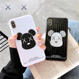 2019 casi di telefono di forma apple Custodia per telefono di lusso di un pezzo per iPhone XS XR MAX 8 7 Plus 6S orso Designer Back Case BOOT forma di tronco Cover fashion casi di telefono di forma apple economici
