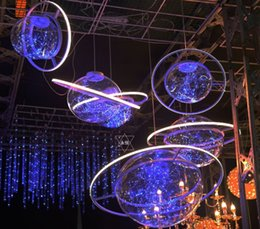 Argentina Nueva llegada Shine LED Flash Star Ball Decoración de la boda Escaparate Espacio Planet Adorno colgante Araña Envío Gratis LLFA Suministro