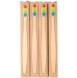 Caixas de transporte coloridas on-line-Cabeça colorida Escova De Dentes De Bambu Atacado Ambiente De Madeira Do Arco Íris De Bambu Escova De Dentes Oral Care Cerdas Macias com caixa navio livre