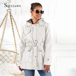 Molto cappotti invernali online-Inverno molto caldo addensare All'interno della pelliccia del Faux del rivestimento della trincea 2020 donne incappucciato Faux Fur Coat Jacket Liner cachemire Belt Slim cappotti