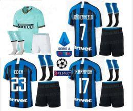 2019 LUKAKU LAUTARO Martinez camiseta de fútbol para adultos kits completos 2019 2020 Milan PERISIC NAINGGOLAN campeón camiseta de fútbol con calcetines desde fabricantes