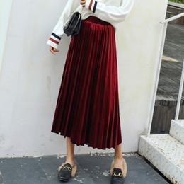 Mulher saia cor dourada on-line-Kpop Harajuku Mulheres 8 Cores S-2xl Saias de Moda de Nova Mulheres de Cintura Alta Plissada Saia de Cor Sólida Todo o Jogo de Veludo Ouro Roupas Y190411