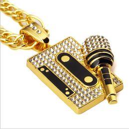 2019 micrófonos de diamantes Cinta de moda y personalidad clásica europea y americana hip-hop hip-hop accesorios con incrustaciones de diamantes micrófono colgante Collar Joyería rebajas micrófonos de diamantes