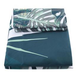 3 Pcs 100% Poliéster Verde Planta Impresso Capa de Edredão Colcha de Cama Macia Set Fronha de Fornecedores de meninas de lã de veludo