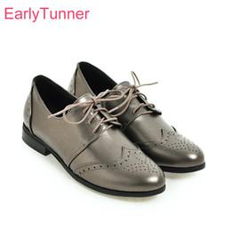 Eleganti scarpe beige online-Nuovissimo elegante beige argento donne nude pompe Confortevole tacco basso Lady Office Shoes EH57 Plus Big Small Size 10 30 43 50