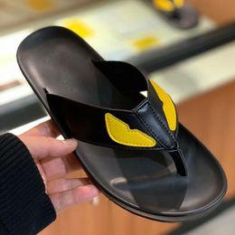 nuovi sandali casual di disegno Sconti New Gear Bottoms Sandali a righe da uomo Pantaloncini casual Pantofole da bagno casual di alta qualità MIGLIOR QUALITÀ Pantofole ultra high design
