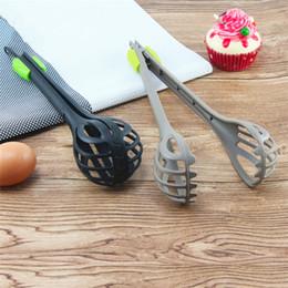 Filmati online-Creativo multifunzionale in nylon frullino per le uova video clip miscelatore manuale strumento di cottura utensili da cucina MIXER per uova T3I5144