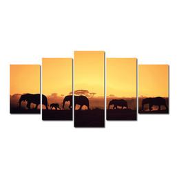 5 Шт. Комбинации HD пустыне Стадо Слонов Пустыни Закат подставил Холст Картины Украшения Стены Печатные Картины Маслом плакат от