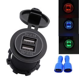 Porta del caricatore del usb del motociclo online-5V 4.2A Caricatore per auto doppio USB Presa universale doppia porta USB per auto moto con coperchio in plastica antipolvere HHA284