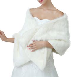 Scialli di vestito da cerimonia nuziale di inverno online-Scialle lungo da sposa scialle Abito da sposa Cappotto bianco Scialle di lana invernale Pianura Sciarpe calde