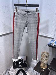 Jeans, lavando, desenho on-line-Estilo da faculdade Famosa Marca Grade Pano Designer Mens Lavado Design Casual Magro Leve Denim Stretch Denim Skinny Jeans Calças Tamanho 28-38