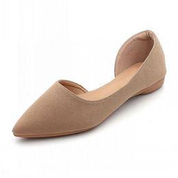 Женская плоская рабочая обувь онлайн-Новые осенние модные туфли женские туфли на плоской подошве свободного покроя одиночные офисные женские накидные балетки рабочая обувь женские черные