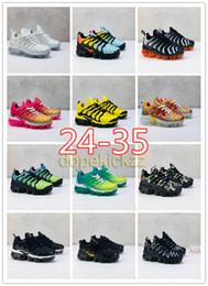 Bebés varones corriendo online-Children Plus Kids Running Shoes Baby Pink Multi Zapatillas de deporte Niños Niñas Vms Trainer Designer Negro Amarillo Tns Blanco Zapatos atléticos Tamaño 24-35