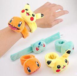 recuerdos de juguete Rebajas Relleno Pikachu Niños Pluch Muñequera Memoria Metal Clap Ring Kid regalo de juguete de felpa agradable para la piel Pokeball Pikachu