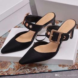 Sapatos abertos on-line-Novo estilo apontou sapatos de salto aberto de sola plana Moda feminina à prova de deslizamento palmilha única pele de carneiro pé 5A qualidade número: 72 s8