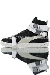 Schneeregen stiefel online-2019 New The Weeknd XO Wildleder Klassische Herren Designer Stiefel High skate Sneaker regen schnee winter Frauen stiefel Laufsportschuhe Größe 36-44