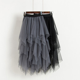 gonna asimmetrica del bordo Sconti Gonne di tulle Gonna a maglia a vita alta da donna Gonna a pieghe asimmetrica a pieghe Gonna femminile Slim Nero Casual Nuove gonne estive