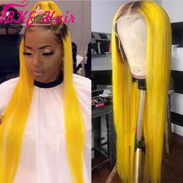peruca lisa branca e preta Desconto Hetero Pré Arrancado cabelo brasileiro cheio Perucas Com o Cabelo Do Bebê 13x4 Ombre amarelo peruca dianteira do laço sintético para preto / branco mulheres