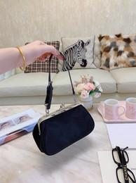 2019 vestidos de noiva mãos pequenas luxo designer bolsa bolsas de ombro saco bolsa de noite Guy saco bolsa cluth senhoras mensageiro novo saco com caixa