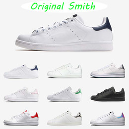 фургоны белые кожаные ботинки  Скидка original stan smith men women sports shoes Van green black white blue red pink silver mens stan fashion leather shoe flats sneakers 36-45