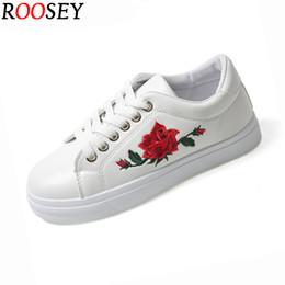 Roosey de flor Compra Fotos casuales 8 zapatillas de mujeres Zapatos la Online zapatos blancos blanca las 0qxxwX