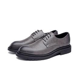 2019 mens di cuoio di scarpe sociali Scarpe in pelle Uomo Scarpe in pelle Designer Social Scarpe eleganti formali Uomo # MSW8118166 mens di cuoio di scarpe sociali economici