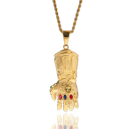 colar de crucifixo de ouro 14k Desconto Hip Hop Infinito Guerra Gauntlet Bling Pendant Avengers Inspirado Thanos Cosplay Jóias 6 cores Infinito Pedras Cristais Colar Atacado