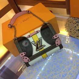 Bolsa de ondinhas de água on-line-2019 A Nova listagem Melhor bolsa de mulheres favoritas moda retro alto grau flor Velha com ripple de água leathertoo