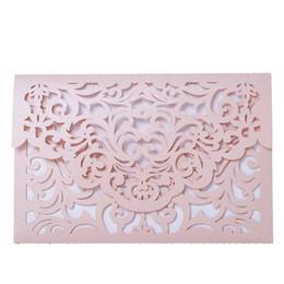 convites partido rosa Desconto Rosa de Corte A Laser Floral Design Convites de Casamento Cartões de Aniversário Elegante Kits de Cartão de Festa Decoração Do Partido 12 pcs