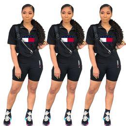 09dd0d097623 Verano para mujer diseñador chándal de dos piezas conjunto de pantalones  cortos de manga corta camiseta Shorts Body sudadera traje deportivo Ropa  deportiva ...