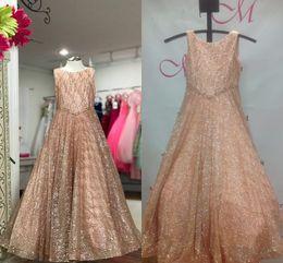 Fotos de vestido rosa online-Sparkling Glitter Tulle Pageant Vestidos para niñas 2019 4-Colors Rose Pink Silver White Bling Bling Little Girl Vestidos de fiesta de cumpleaños Real Pic