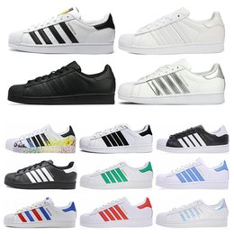 новые повседневные туфли для мужчин Скидка Adidas Superstar Free Shipping Superstar White Black Pink Blue Gold Superstars 80s Pride Sneakers Super Star Women Men Sport Casual Shoes EU Size 36-45