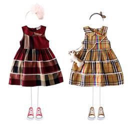 Кукольный жилет онлайн-В розницу девочки плед платье ребенка хлопка лацкан кукла юбка жилет детский бутик одежды повседневные платья детская дизайнерская одежда