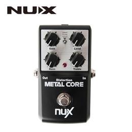 2019 partes de transistores NUX Núcleo de metal Pedal de efecto de distorsión Bypass verdadero Pedal de efectos de guitarra Ecualizador de tono de 2 bandas Función de preajuste