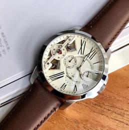 Высокое Качество ME1161 Мужчины Автоматический белый циферблат корпус из нержавеющей стали коричневый кожаный ремешок Часы отдыха 44 мм Высокое Качество с коробкой от