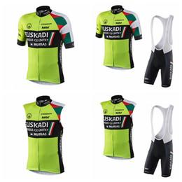 equipo chaleco ciclismo Rebajas Equipo de Euskadi ciclismo mangas cortas / chaleco sin mangas de verano para hombre pantalones cortos de babero de montar al aire libre conjuntos Q72903