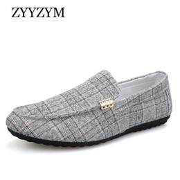 ZYYZYM Men Casual Shoes 2019 Uomo Primavera Estate fannulloni Nuovo scivolare su tela leggera giovanile uomini scarpe traspiranti piana di modo