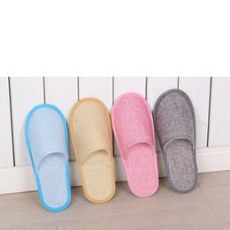 Zapatillas de lino online-8styles Pantuflas desechables Hotel SPA Home Zapatillas de huéspedes Zapatillas antideslizantes de lino y algodón Zapatillas cómodas, transpirables y de una sola vez GGA2650