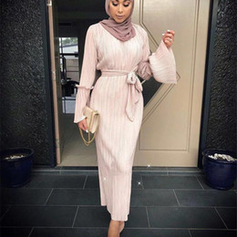 black evening dress gold brooch Coupons - Muslim Wrinkled Pencil Skirt Pliss Maxi Dress Trumpet Sleeve Abaya evening Long Robes Tunic Middle East Ramadan Arab Islamic Clothing